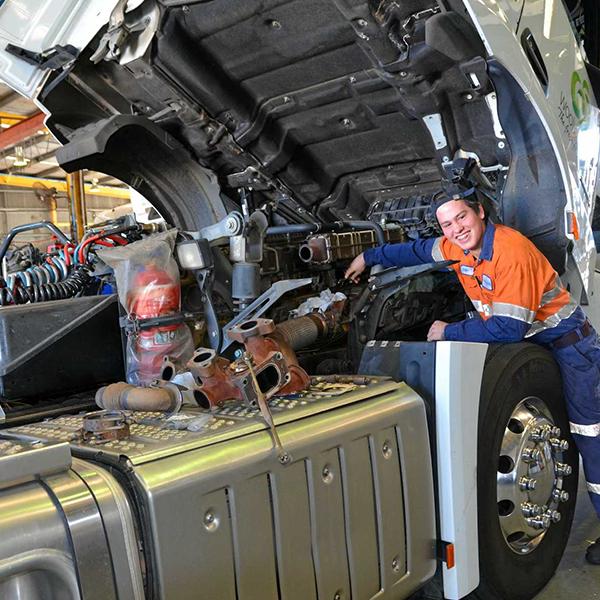 heavy diesel mechanic course